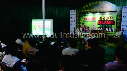 Peduli Muslim di Jogja Islamic Book Bazar 2013